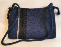 Filztasche blau mit Spitze