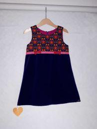 Kinderkleid handgenäht Grösse 98 (3 Jahre)