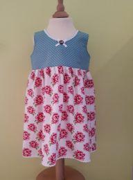 Kinderkleid handgenäht Grösse 98-104 (3-4 Jahre)