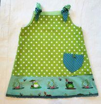 Kinderkleid handgenäht Grösse 68 (5-7 Monate)