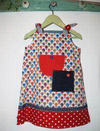 Kinderkleid handgenäht Grösse 86 (18 Monate)